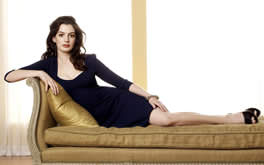 Free Anne Hathaway Pic