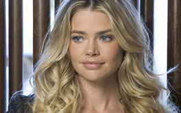 Denise Richards Allpaper