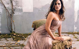 Kate Beckinsale Desktop Background