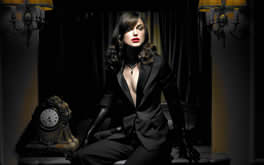 Keira Knightley In Black Photo
