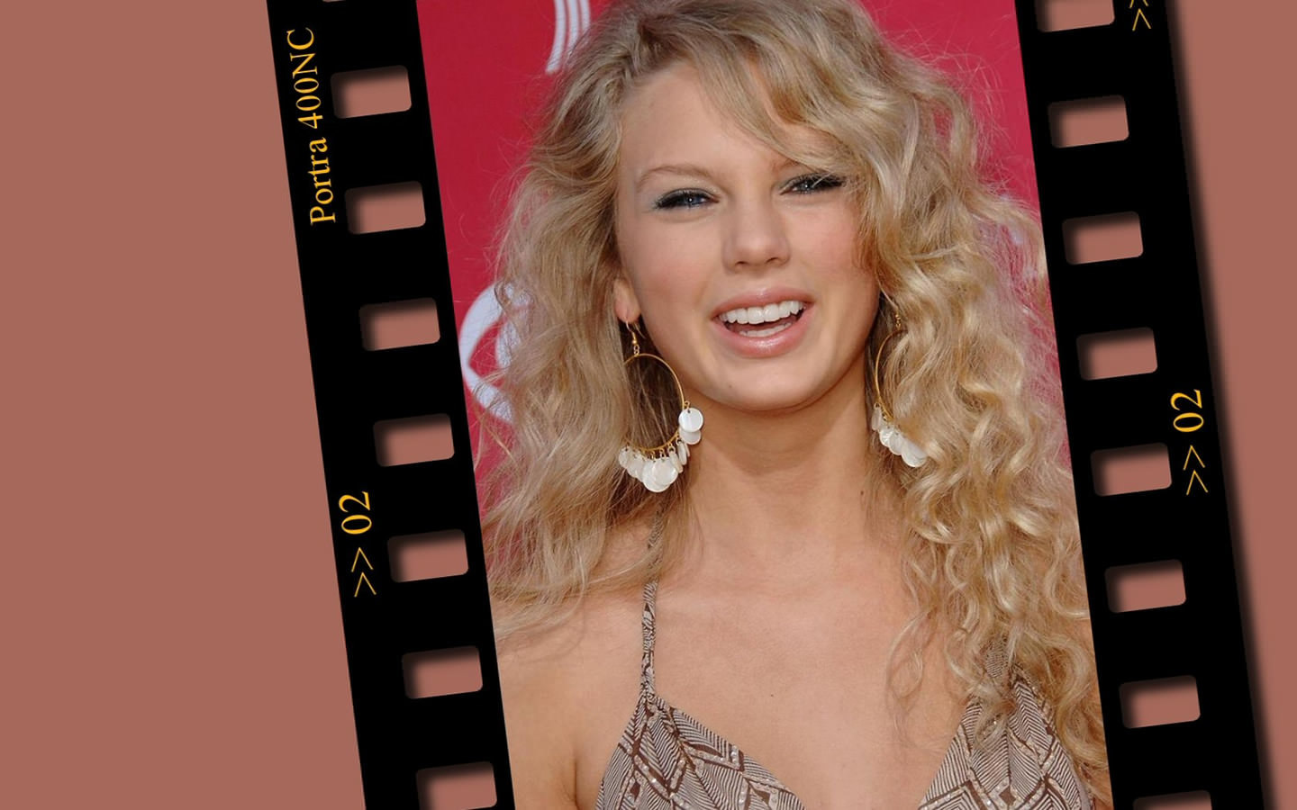 inappropriate celebrity wallpapers taylor swift - photo #5
