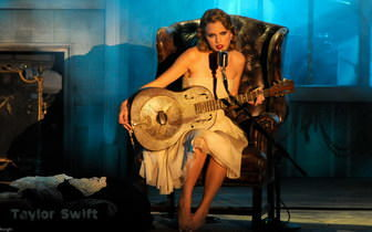 Taylor Swift Singing4