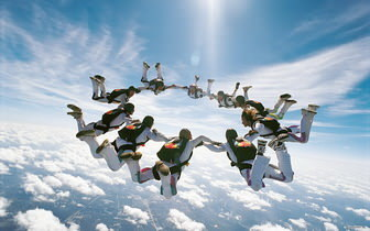 Amazing Skydive Wallpaper